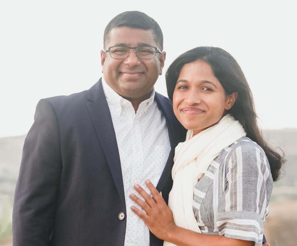 Pastor Sabu Samuel with his Wife